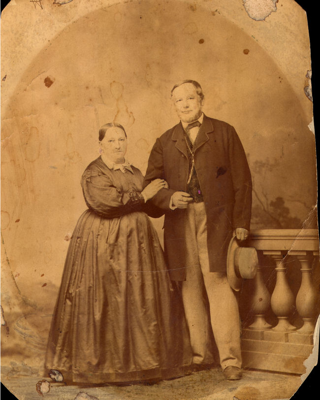 John and Pauline Jaeger - Front of photo
